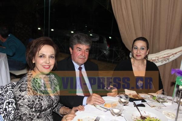 η υποψήφια Δήμαρχος Ερέτριας Κα Αλημπατέ με τον Κο Σταθόπουλο και την Κα Βίκυ Φουρμούζη