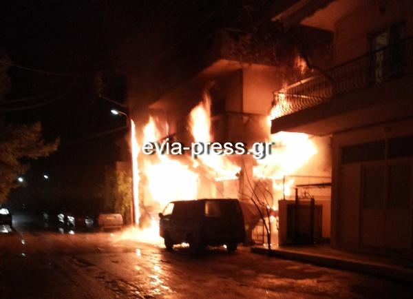 Κάηκε η επιχείρηση του απο βραχυκύκλωμα και η ΔΕΗ του ζηταει και 2000€ για την κολώνα!